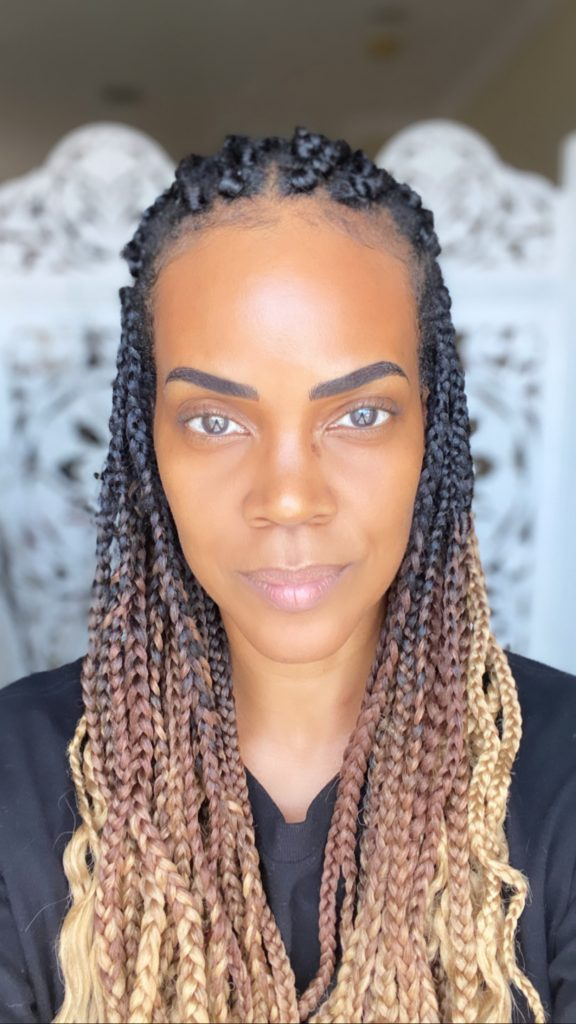 Protective style: Box braids with ombre braiding hair